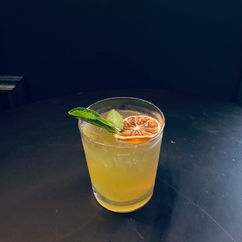 COCKTAIL WHISKEY LIMONADE